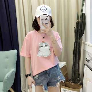 糖衣日系【全新商品】日系休閒百搭款簡約必備風甜美貓咪圖案圓領短袖棉質T恤-2色 4碼