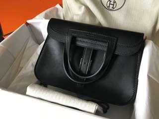 全新 brand new Hermes Halzan mini 22 black (size似Chanel classic 20cm)
