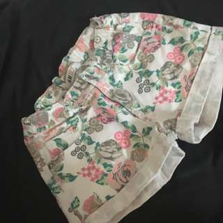 H&M floral shorts