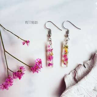 Real flowers in earrings-Caspia flowers
