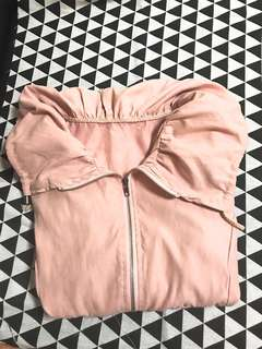 🚚 裸粉色翻領防曬薄外套