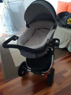 Stokke Trailz Pram and Bassinet