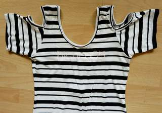 Cut-out Shoulder Stripes Maxi Dress