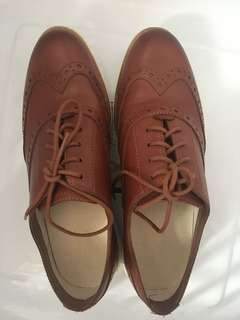 COLE HAAN Grand OS Womens Brown Leather Size 5B