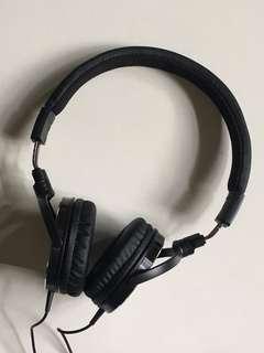 Headphones - Audio-Technica ATH-ES500