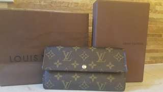 Authentic Louis Vuitton Shara wallet