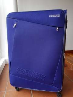 American Tourister large luggage