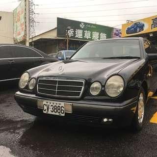 1997年E200 黑色頂級天窗 一手車 只跑11萬 歡迎來賞車