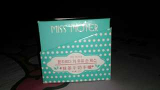 MISS MOTER MATCHA & MILK -HAND WAX-
