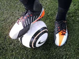 Nike T90 football shoe