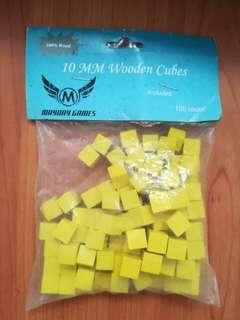 Wooden cubes 100 pieces