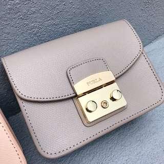 [RS] FURLA Metropolis Small Crossbody Bag