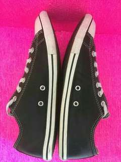 Sepatu converse original branded size 41