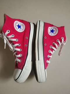 Converse highcut sneakers size 6