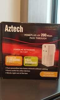 Aztech Homeplug AV 200 Mbps pass through