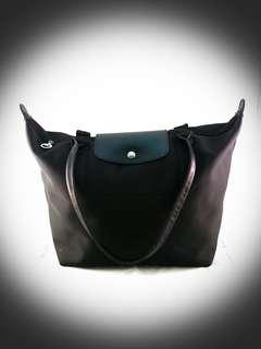RAYA MEGA SALESSS...!!! Preloved Handbag 100% Authentic Longchamp