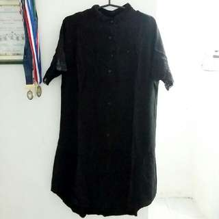 Black Polo Dress With Lace Details On Sleeves