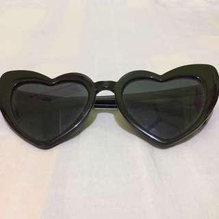 🌹HeartShaped Black Sunglasses