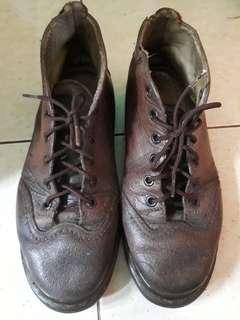 Sepatu dr martens apa ada nya