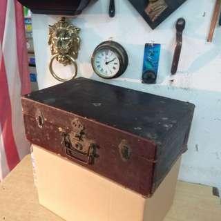 古董 上海灘~漆皮木 手提行李箱