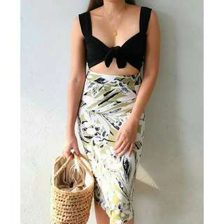 Two way tube tie top