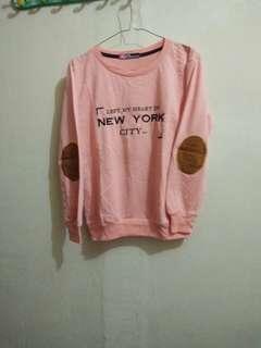 Switter New York warna peach