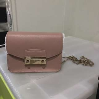 Furla Julia Saffiano Leather in Dusty Pink