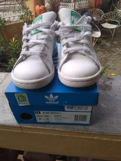 Preloved authentic Adidas Stan Smith
