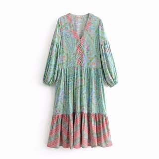 🚚 Europe and the United States women's fashion floral print V-neck front long-sleeved long dress