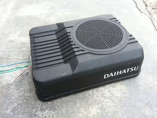 DAIHATSU under seat woofer