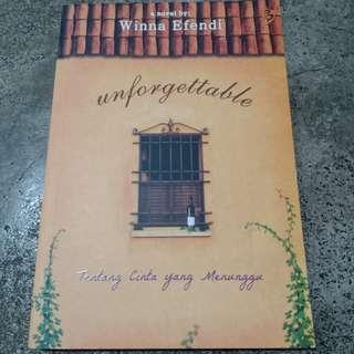 Novel UNFORGETTABLE, TENTANG CINTA YANG MENUNGGU