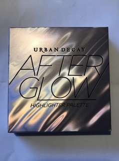 Urban Decay after glow highlight palette