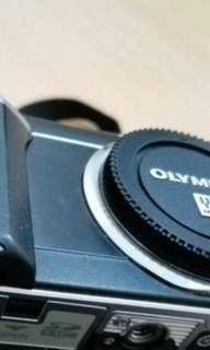 Olympus E-PL1 dijual body only.. masih bagus n normal