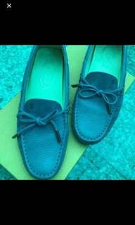 TOD'S 豆豆鞋(可小議價)