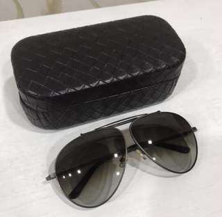WTS: AUTHENTIC BOTTEGA VENETA AVIATOR SUNGLASSES