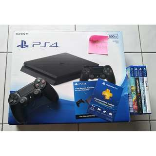 PlayStation 4 Slim 500GB Jet Black Set
