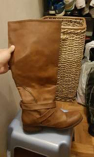 Unbranded high tan boots used twice only