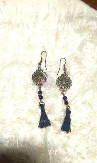 Black tassle dangling earrings