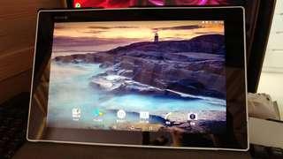 90% Sony Xperia tablet Z2