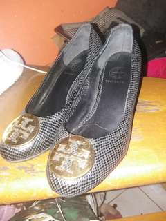 Pre-loved Authentic toryburch wedges