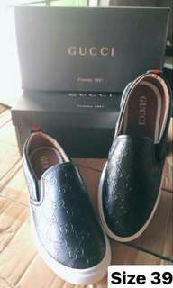 Gucci black shoes