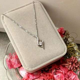 優雅低調美鑽閃耀吊墜頸鏈 Elegant low-profile diamonds sparkling pendant necklace
