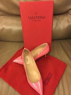 全新Valentino粉紅色高踭鞋-38碼