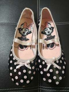 PRELOVED DISNEY DOLL SHOES