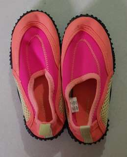 Aqua shoes for lil girls
