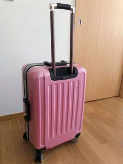 Luggage 24inches or so, (24-26inch)