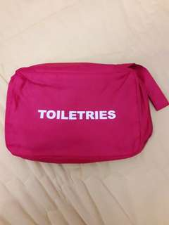 Toiletries Bag (Passport Original Red)