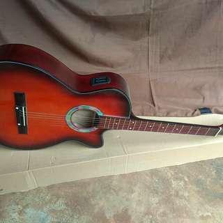 Gitar akustik elektrik cutway