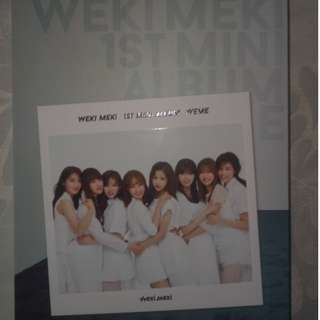 Want to sell Weki Meki, IU (PCs only), Twice and Favorite albums