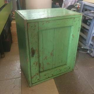 Small Cabinet Antik
